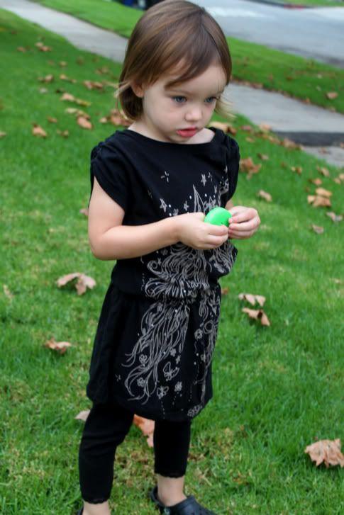 2-minute t-shirt dress.  adorable!
