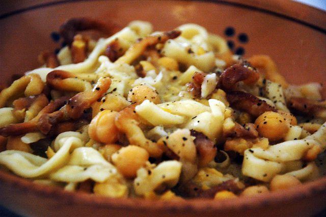 #Ciceri e #Tria A Casa Tu Martinu #Taviano | #sudandfood via @style_italia