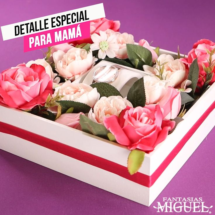 Regalale a mamá este 10 de mayo un lindo detalle personalizado Valentines Day Bulletin Board, Flower Box Gift, Ideas Para Fiestas, Gifts For Brother, Happy Birthday Wishes, Balloon Decorations, Creative Gifts, Craft Gifts, Diy For Kids