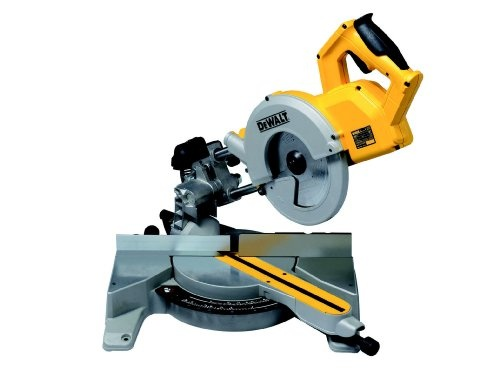 Dewalt DW777 240V 216mm Crosscut Mitre Saw Reviews - http://www.cheaptohome.co.uk/dewalt-dw777-240v-216mm-crosscut-mitre-saw-reviews/