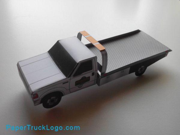 In opdracht van Oklahoma Towing and Recovery heb ik een bouwplaat ontworpen van hun bergingswagens, de Ford F550 rollback. Het is een bouwplaat geworden van 7 onderdelen, die eenvoudig is om te bou…