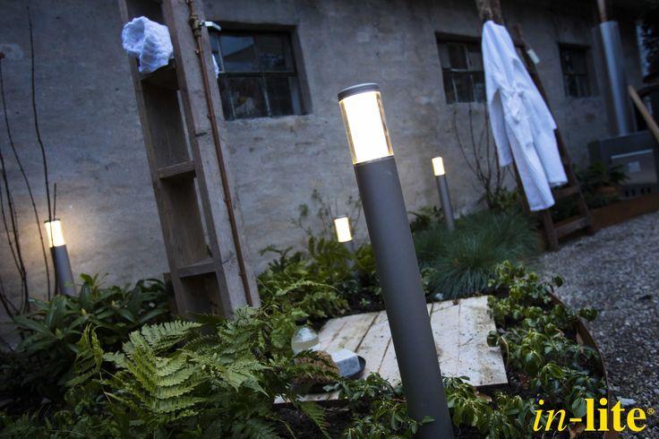 Tuininspiratie | Eigen Huis & Tuin | Staande lamp LIV & LIV LOW | 12V | Duurzaam | Buitenverlichting | Buitendouche
