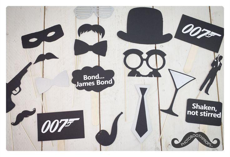"""""""The name is Bond... James Bond"""" Ga jij trouwen in 007 stijl of vier je een feestje met het James Bond thema? Dan zijn deze super leuke foto props wellicht iets voor jou! 18 delige photo booth props set. Uitermate geschikt voor: * Photo booths * Feestjes & Bruiloften *Verjaardagen * Polaroid Party's Dit zit er allemaal in het pakket: * 2 toffe brillen * 3 super gavesnorren * 2 mooie bow ties * 1 stoere hoed * 1 gevaarlijk pistool * 2 tekst bordjes * 1 pijp om te roken..."""