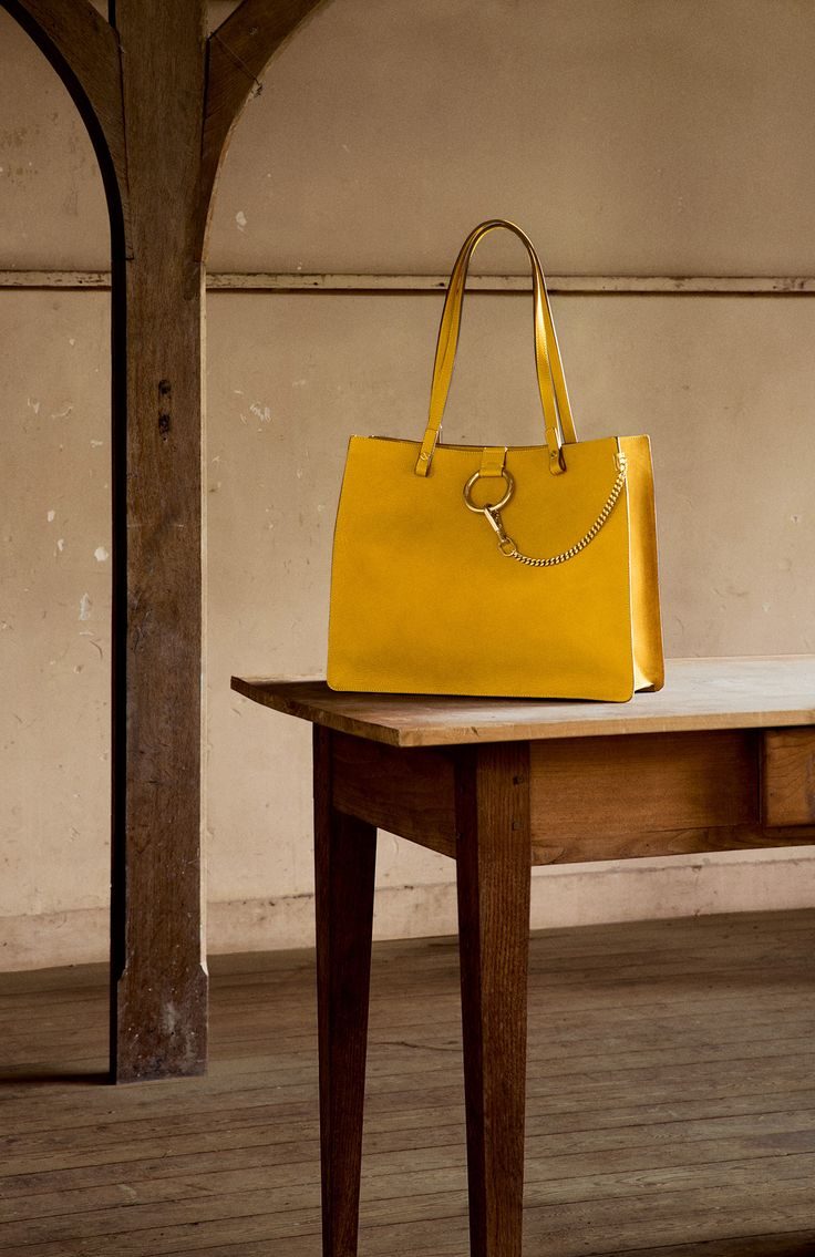 The Chlo�� Fall 2015 accessories collection \u2013 Faye tote in grained ...