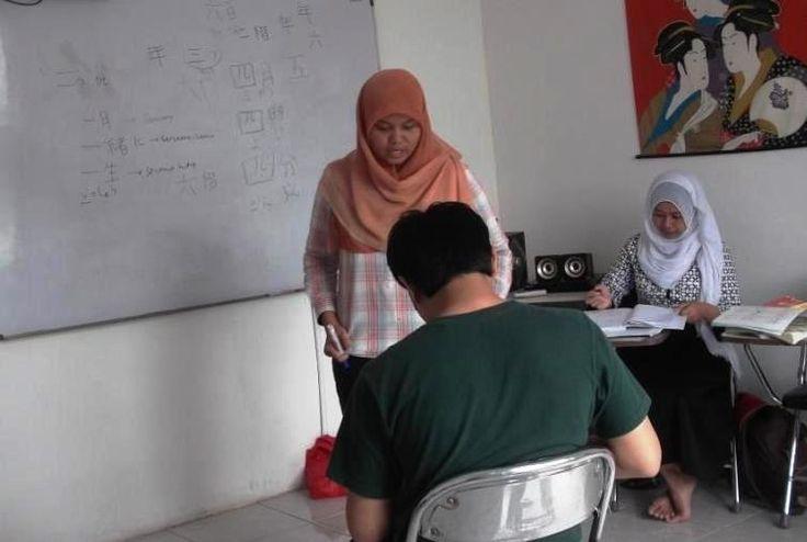 5 Kelas reguler dan private - Tensai Karawang Kursus Bahasa Jepang dan Penerjemah