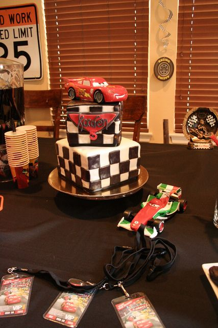 Cake at a Cars Party #carsparty #cake