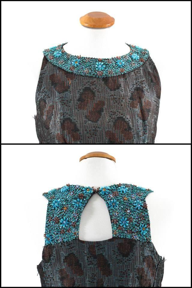 #abito originale anni 70# broccato di seta# TG44# dettaglio ricamato con pietre# Possibilità di noleggio 50 euro al giorno