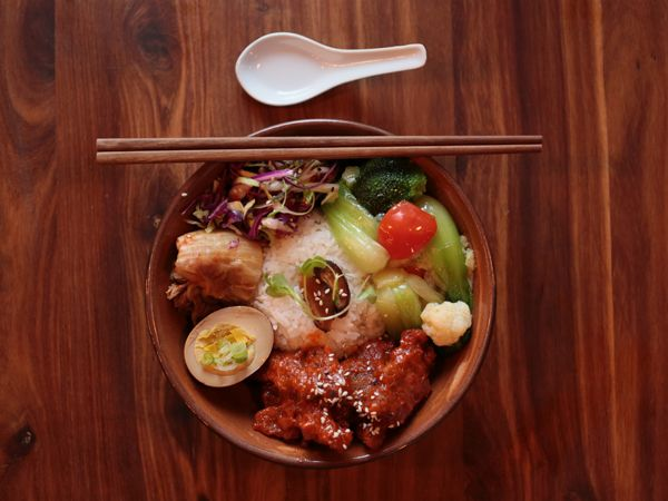 Momo Baohaus: New Taiwanese street-food eatery opens in Greenside, Johannesburg http://www.eatout.co.za/article/new-taiwanese-street-food-eatery-opens-greenside-johannesburg/