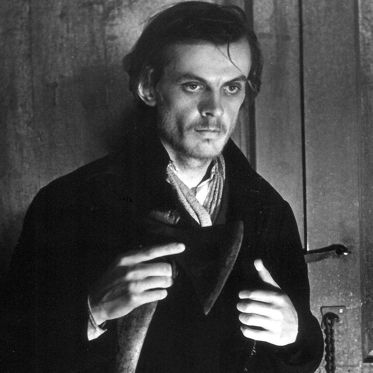 Сколько стоил пушкинский заячий тулупчик? Сколько Раскольников украл у<nobr>старухи-процентщицы</nobr>? Идругие любопытные суммы вподборке Фактрума.