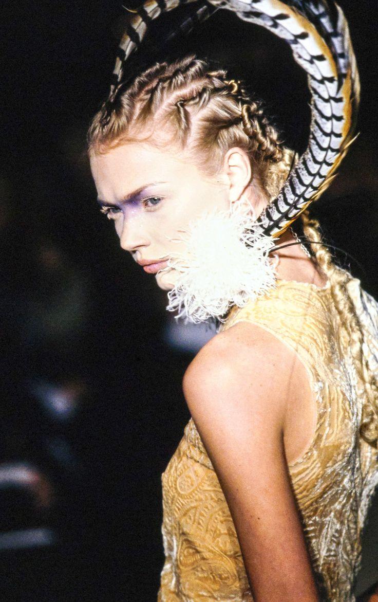 Alexander McQueen Fall 1996 Ready-to-Wear Fashion Show Details