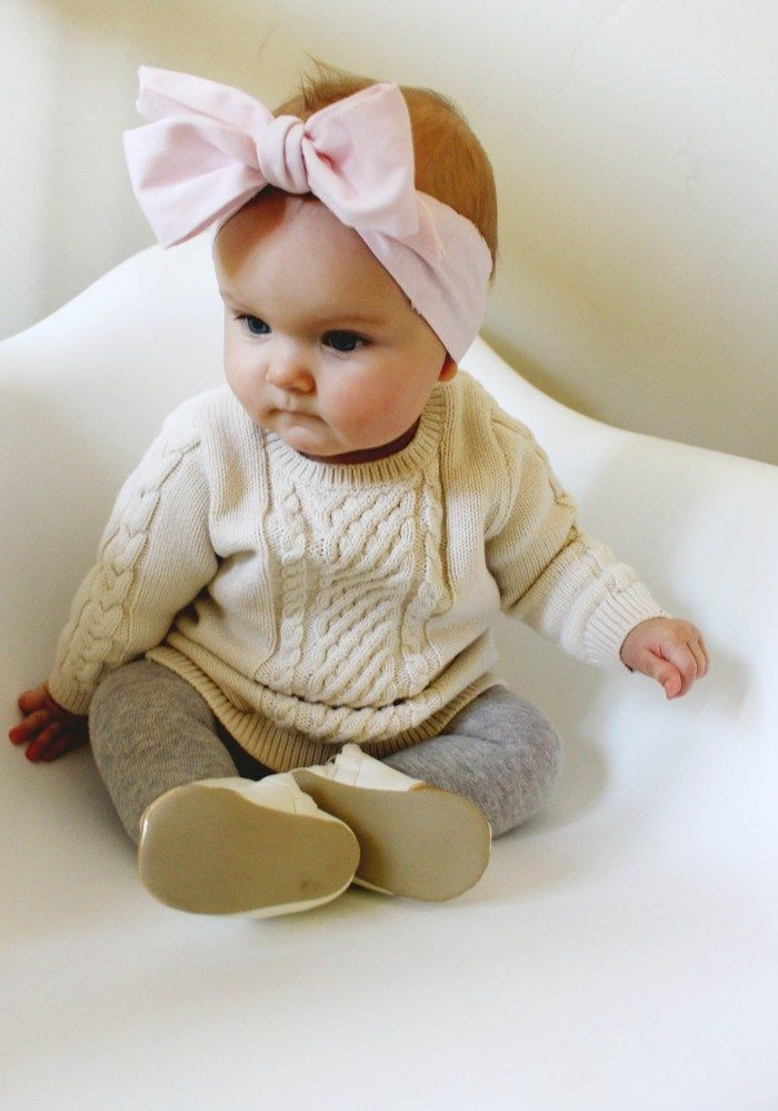 Make an oversized bow head wrap for your little in just 3 simple steps! Via A Joyful Riot