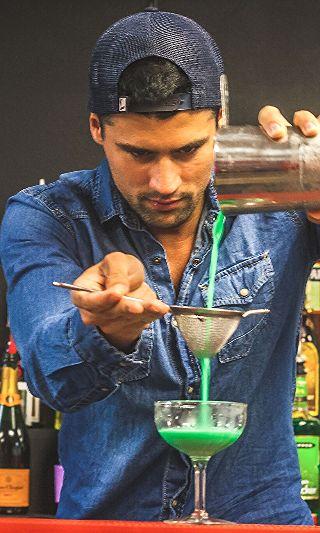 Grasshopper Cocktail Recipe: 1 oz De Kuyper Creme de Menthe 1 oz De Kuyper White Cacao Liqueur  1 1/2 oz Milk Glass: Chilled Cocktail/Martini Ice: None Method: Shake and strain Garnish: None