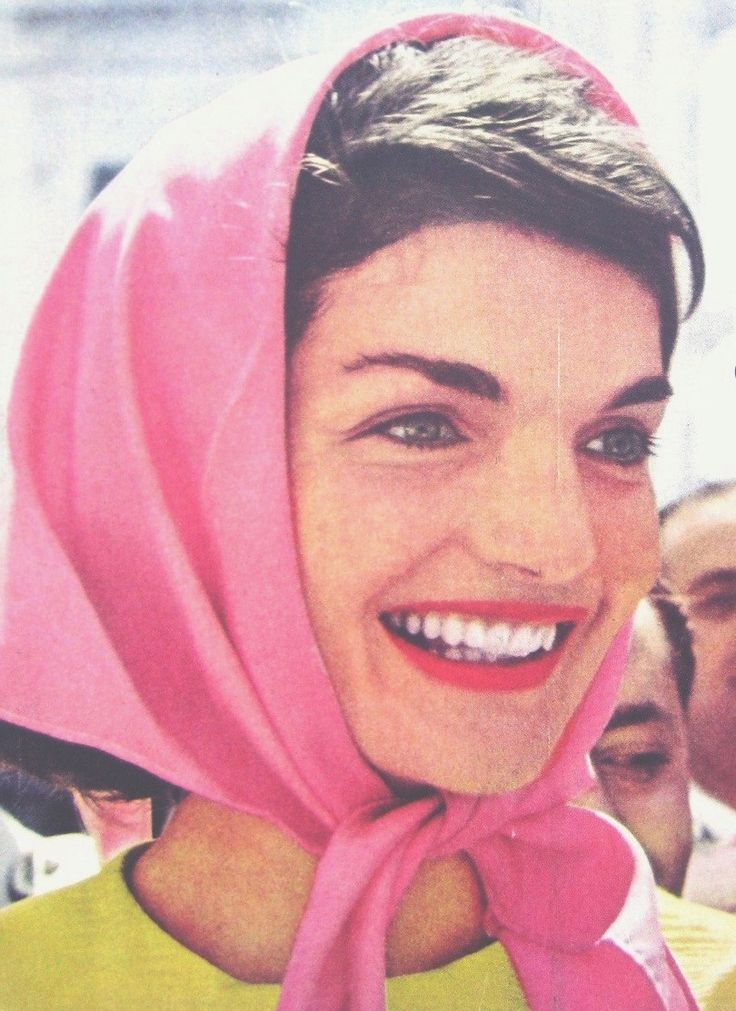 """First Lady Mrs ~~Jacqueline Lee (Bouvier) Kennedy Onassis """"Jackie"""" (July 28, 1929 – May 19, 1994) was the wife of the 35th President of the United States, John F. Kennedy her style, elegance, and grace. She was a fashion icon; her famous ensemble of pink Chanel suit and matching pillbox hat has become symbolic of her husband's assassination and one of the lasting images of the 1960s. She was named to the International Best Dressed List Hall of Fame in 1965.❤❁♛❤✾❤✾❤❁❤❃❤❁♛❤❁"""