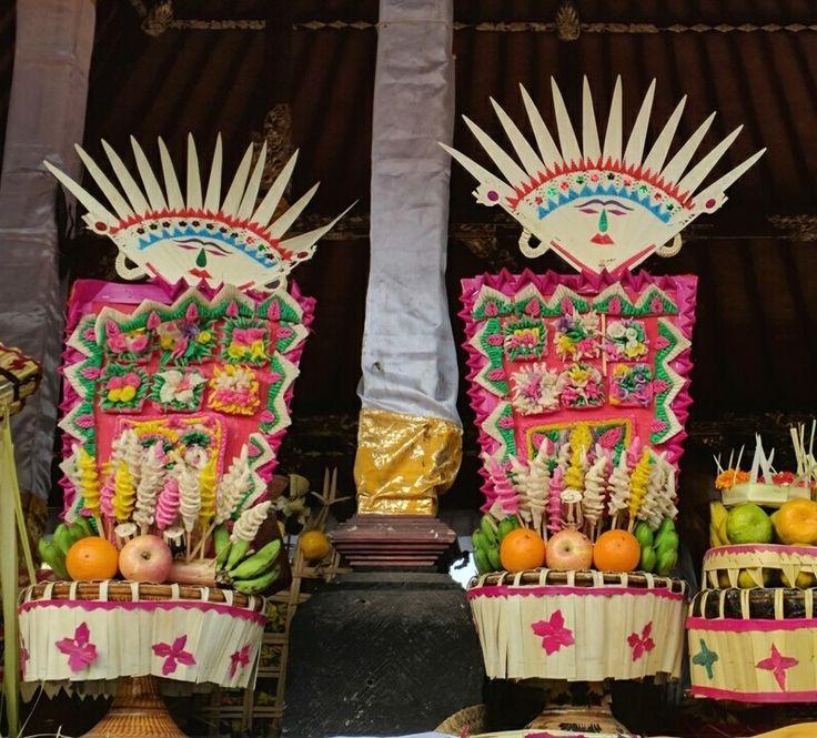 Temple offerings with Dewi Sri     #Bali #Besakih
