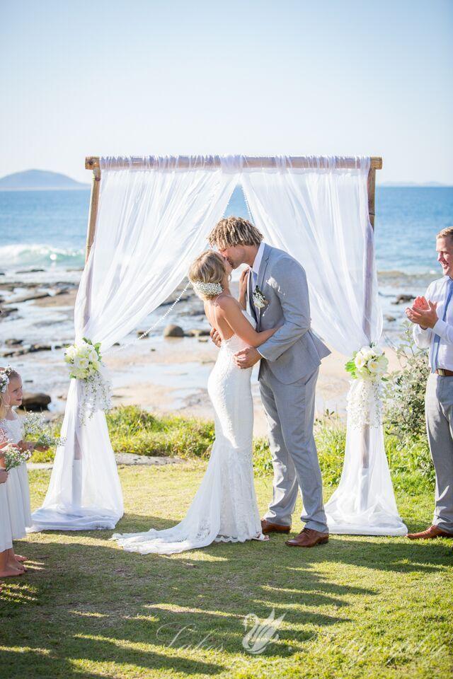 Sunshine Coast wedding stylist outdoor wedding ceremony