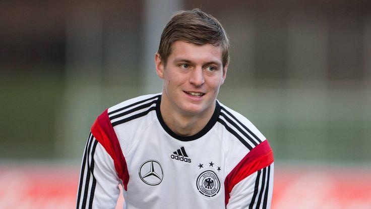 Real : Toni Kroos arrive, Falcao aussi ? - http://www.europafoot.com/real-toni-kroos-arrive-falcao/