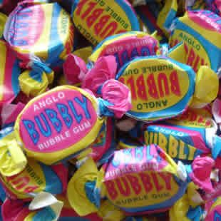 Anglo bubbly bubble gum. Large, hard bubble gums with an acquired taste. Never could blow a bubble!//mar16