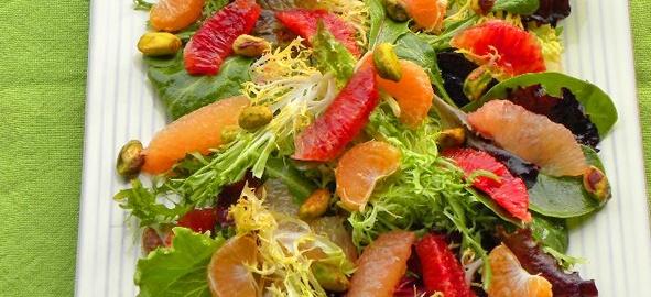 A Juicy Salad to Banish Winter Blues | Earthbound Farm Organic