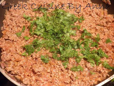 Greek Cuisine By Anna: spaghetti with meat sauce  Χυλοπίτες με κιμά