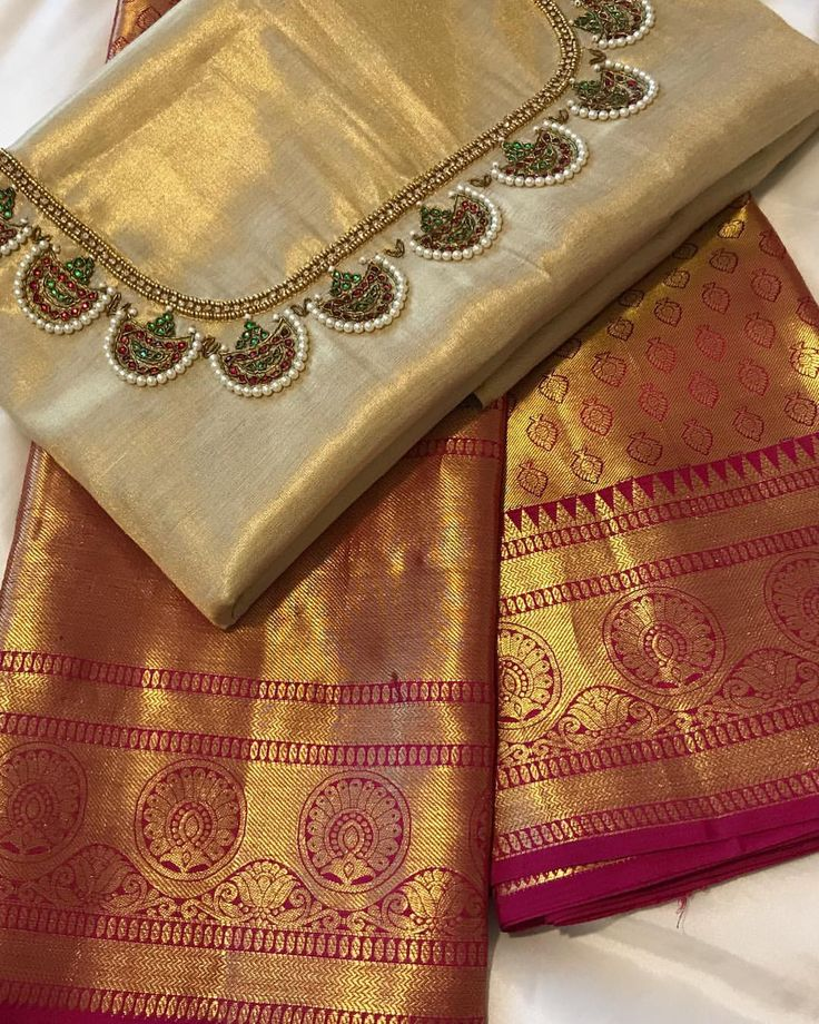 """175 Likes, 11 Comments - Arishaa Sarees (@arishaasarees) on Instagram: """"DM for price and more details…"""""""
