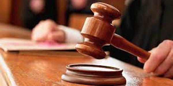 Polisi Pemeras Pengusaha Karaoke Divonis 48 Tahun Penjara : Bandung HanTer - Majelis Hakim Pengadilan Tipikor di PN Kelas 1A Bandung memvonis oknum polisi Mabes Polri AKBP Pentus Napitupulu empat tahun delapan bulan denda