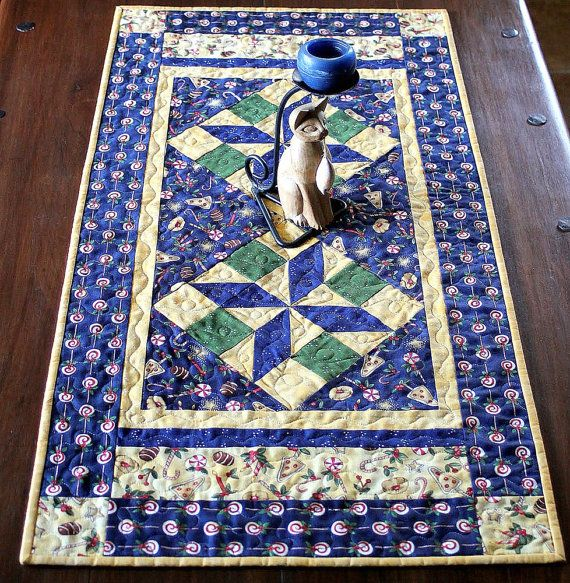 Quilted Christmas Table Runner Blue by RedNeedleQuilts on Etsy Quilts, Quilts, Quilts ...