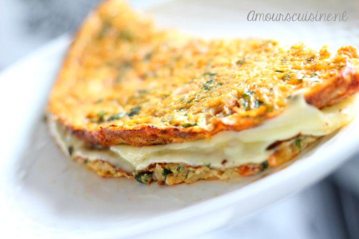 Ramadan❤  Recept Ingrediënten 3 eieren (maat m) kein bosje peterselie 1 ui 1 vlees tomaat plakjes kaas Kruiden: 1 volle tl paprika poeder peper (naar smaak) halve tl aromat 1 volle tl kipbouillon pizza kruiden (hoeveelheid is naar eigen smaak)   Dit zijn de kruiden die ik heb gebruikt.  Bereidingswijze: Snijd de …