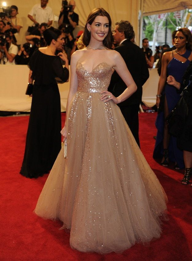 25 Times Anne Hathaway Slayed The Red Carpet