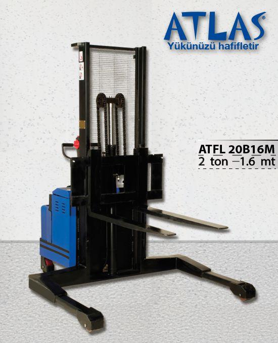 Tam akülü istif makinası geniş çatallara sahip enerji verimliliği yüksek istifleme makinasıdır. Atlas ATFL 20B16M model 2 ton taşıma 160 cm kaldırma kapasiteli akülü istif makinasıdır. http://www.ozkardeslermakina.com/urun/tam-akulu-istif-makinasi-atlas-atfl-20b16m/ #atlas #istifmakinesi #akuluforklift #elektrikliistif #depo #fabrika #kapalialan #hirdavat #makine