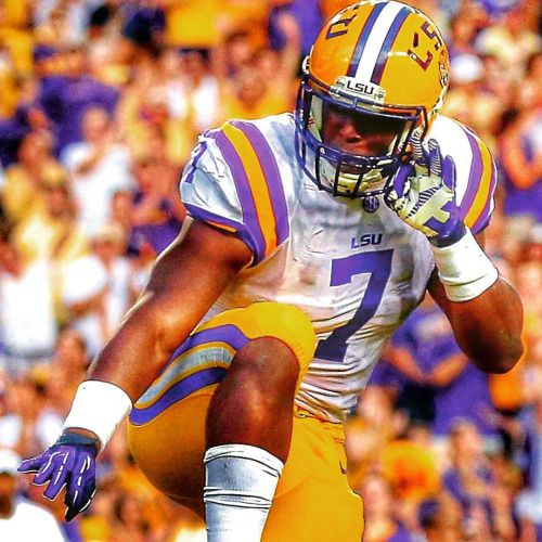 #HeismanTrophy favorite #LeonardFournette leads his #2 playoff ranked #LSU into #Tusculoosa to battle #SEC rival and 4th ranked #Alabama on Saturday night. Who will come out on top in this mouthwatering #CFB clash? #lsufootball #lsutigers #foreverlsu #lsuvsalabama #alabamafootball #alabamacrimsontide #crimsontide #rolltide #collegefootball #collegefootballplayoff #tigers #tigersnation #collegegameday #instafootball #picoftheday #photooftheday #topbet #sports #sport #sportsbook #gameon