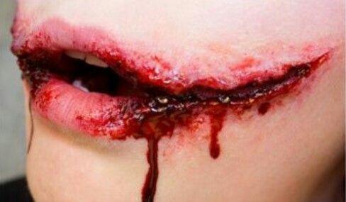 Harley Quinn Joker mouth cut makeup