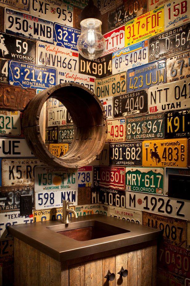 balcão madeira sob a pia banheiro