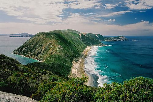 Flinders Peninsula, #Albany, Western Australia - one of the best day walks in Albany is to walk out along the isthmus to Bald Head at the very end!