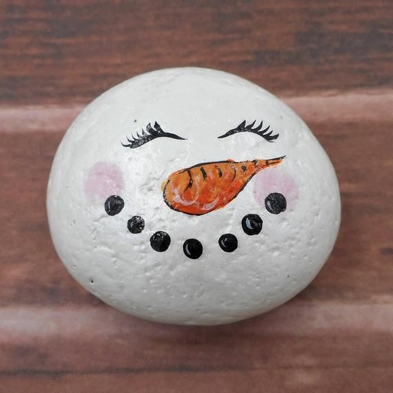 Snowman rock decoration hand painted garden stone home decor winter paperweight