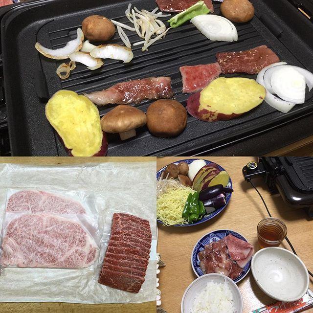 焼肉の日。 パパの戦利品♪会社の親睦会?で勝ち取ってきてくれたグラム平均2,500円相当のお肉3種類。 舌でとろけるぅ〜!間違いなく人生で一番美味しいお肉だった…2度と食べられないかも(T-T)  自分の財布じゃ買えません。1種類ごとに個体識別番号記載の用紙まで入っててビックリした。 #叙々苑 #焼き肉 #牛 #牛肉 #黒毛和牛 #個体識別番号 #ぱーりー #美味しい #おいしかった #焼肉の日 #贅沢 #肉 #家族団欒 #人生 #舌鼓