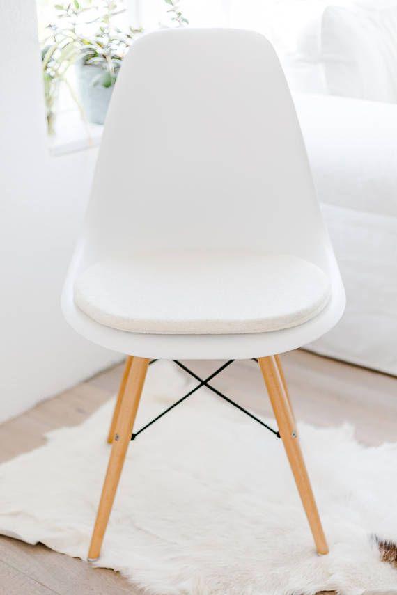 Stuhlkissen Aus Schurwolle In Wollweiß Passend Für Eames | Eames Sitzkissen  | Seat Cushions For Eames | Panton Chair Sitzkissen | Pinterest | Eames  Chairs, ...