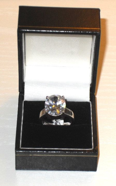 A 'Henrikka Waage' DESIGNER 925 STERLING SILVER Oval White Zirconia Ring - Boxed Jewelery by AntiquesEtCetera13 on Etsy