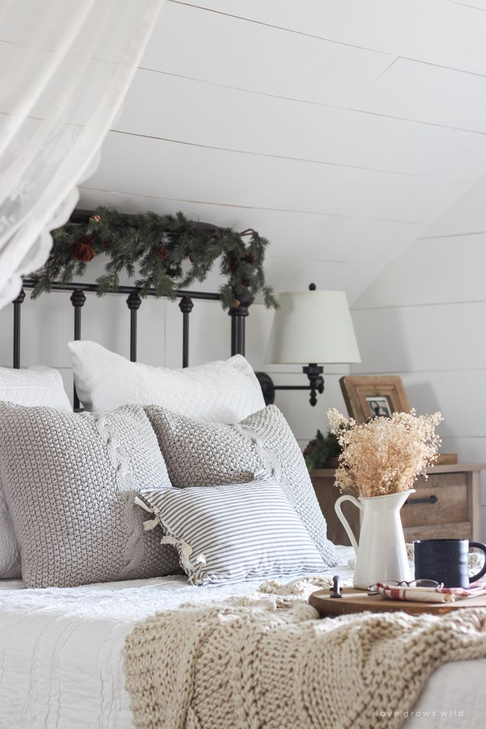 Simple Farmhouse Christmas Bedroom Part 74