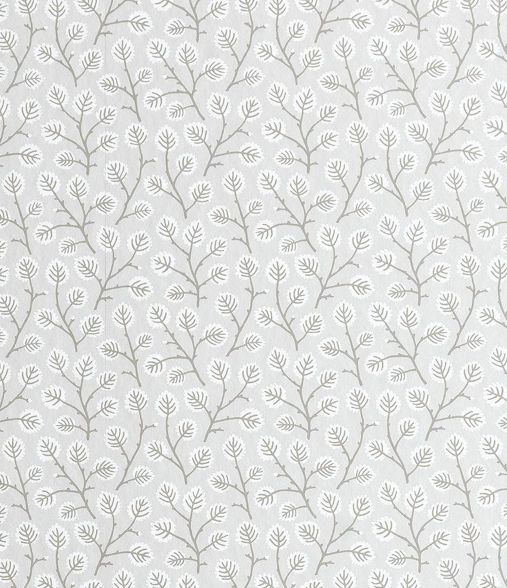 Vaivaiskoivu ja sen koristeelliset sahalaitaiset lehdet ovat merkki keväästä. Sandbergin Tuva-tapetin ihastuttava kuvio sopii täydellisesti niin suuriin kuin pieniin huoneisiin. Voit myös yhdistää kuviotapetteja yksivärisiin seinäpintoihin tai esimerkiksi seinäpanelointeihin. Tapeteilla saat uudistettua kotisi sisustuksen ilmeen yksinkertaisesti  Sandbergin Linnea-mallisto on kunnianosoitus ruotsalaiselle keväälle ja kesälle. Linnean teemana on kukka- ja kasvi-aiheet, ruotsalainen kasvisto…