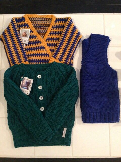 Fairtrade and handmade knitted cardigans of merino wool @ Mashed concept store Haarlem.