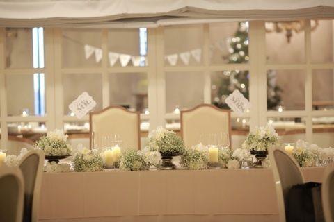 特別感たっぷり!主役2人のメインテーブル「高砂」を可愛くデコレーション♡にて紹介している画像