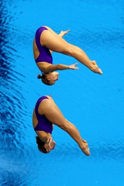 USA's Abigail Johnston and Kelci Bryant take silver in the women's synchronized springboard final.  We adore these girls!