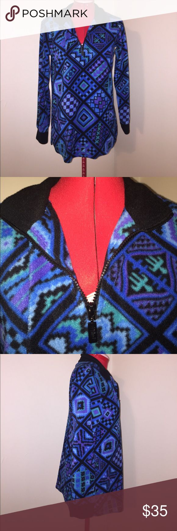Bob Mackie Wearable Art half zip pullover Xxs Bob Mackie Wearable Art half zip pullover size Extra Extra Small  Armpit to armpit is 19 flat Shoulder to bottom is 26.5 flat Bob Mackie Sweaters