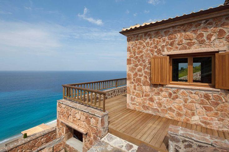 Beyond Villas . Aphrodite Luxury villa in Lefkada which has Eu Ecolabel  around agios-nikitas
