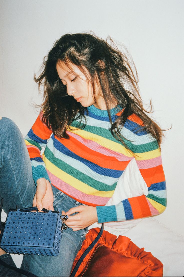 Stylish and colourful: beautiful #Krystal with her #TodsDiodonBag celebrating the release of her new music in collaboration with artist #kimjuneone.