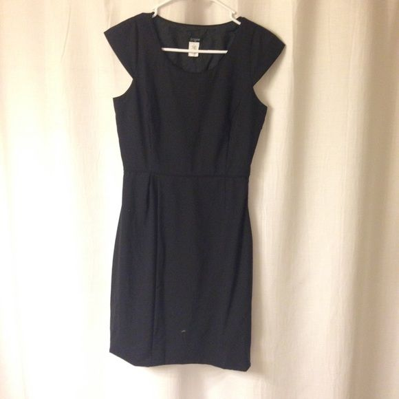 Black Cap Sleeve J Crew Dress Classic LBD! This is a reposh that did not fit me. I never wore and the seller said the item was new. Perfect condition! J. Crew Dresses