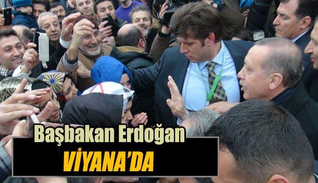 """Başbakan Erdoğan, Avusturya'nın başkenti Viyana'da, Avrupalı Türk Demokratlar Birliğinin (UETD), 10. kuruluş yıl dönümü etkinlikleri kapsamında düzenlenen  """"Viyana Buluşması"""" adlı programında konuştu."""