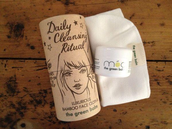 Olivia Soap: Móa, The Green Balm: Kit Móa 50ml + Luxurious Bamboo Face Cloth (Bálsamo Móa 50ml + Toallita de bambú)