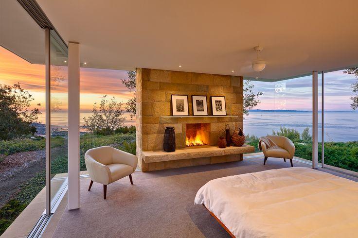 Dreamy bedroom Carpinteria Foothills Residence - Neumann Mendro Andrulaitis Architects