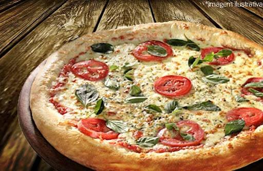 Promoção: Pizza + Entrada com Pão de Calabresa naPizzaria Babbo Giovanni com Desconto de 57%, por apenas $29.90
